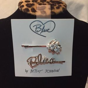 Authentic NWT Betsey Johnson Bobby pins
